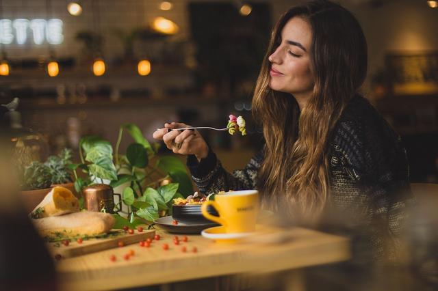 描写美食很文艺的句子英文【祝福的唯美英文句子】